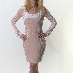 NWOT Lulu's Peach Crushed Velvet Dress Size Small